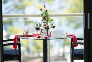 今年の結婚記念日は、大切な人と自宅でこだわりワインを楽しもう!