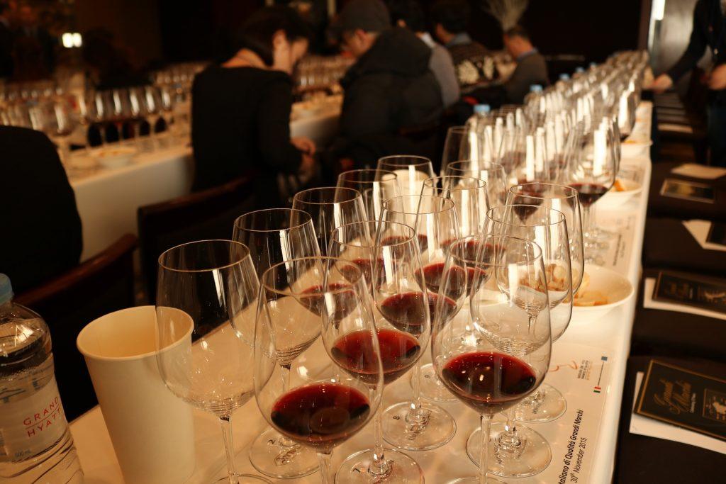ワインの審査