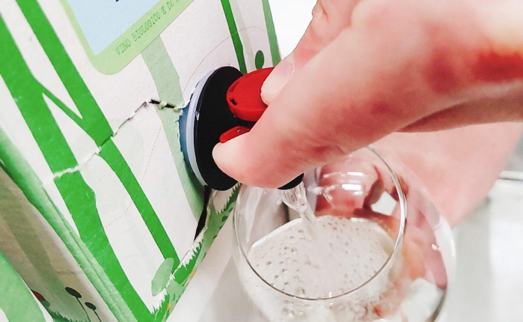 箱ワインの常識を覆すルナーリア